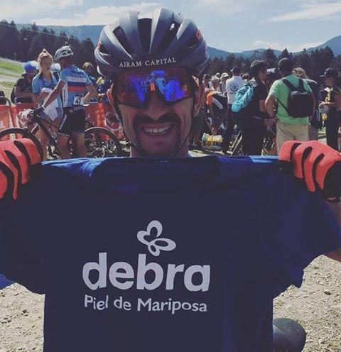 El extremeño Fran Barrena recorrerá en BICI de Carretera la distancia de 365 KM a favor de la Asociación DEBRA