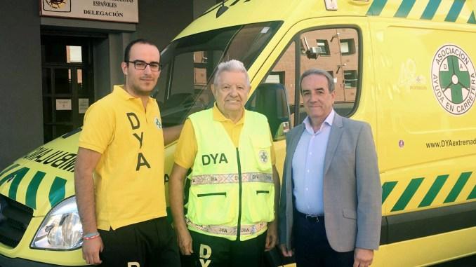 La delegación extremeña de la Mutualidad de Futbolistas dotará de ambulancias los campos federativos de Badajoz y Cáceres