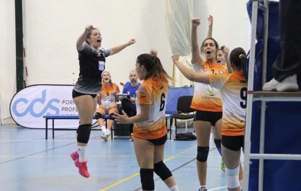 El Aparthotel MM Badajoz suma la primera victoria en un gran partido ante USAL