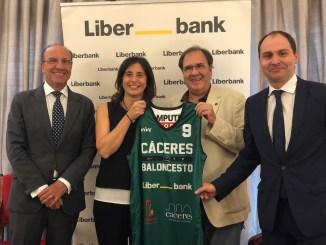 Liberbank se suma al Cáceres a tiempo para el arranque de temporada