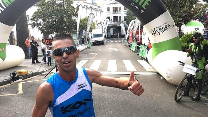 Juan Domingo Gómez se impone en la XVIII Media Maratón de las Cruces de Don Benito