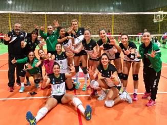 El Extremadura Arroyo se sirve una Copa y el liderato a costa de lograr su sexto triunfo consecutivo, 0-3 ante Xuvenil Teis