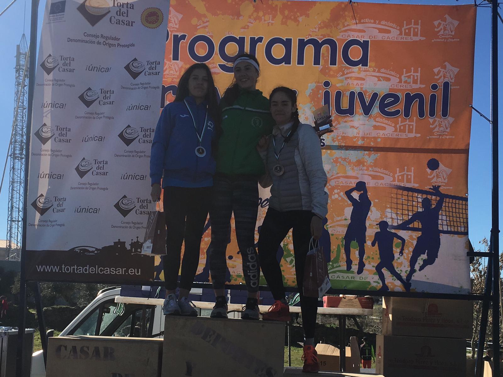 Buenos resultados del Club Atletismo Don Benito en Antequera, Cáceres y Casar de Cáceres
