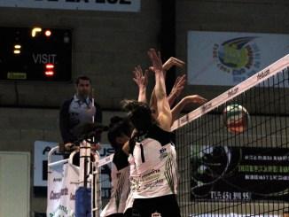 Cómodo triunfo del Extremadura Arroyo ante el Cuesta Piedra (3-0) para afianzar el liderato