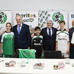 La Federación Extremeña de Fútbol y la empresa de alimentación extremeña suscriben un acuerdo de patrocinio integral para todas las competiciones de fútbol femenino extremeño (8)