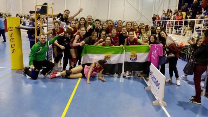 El Extremadura Arroyo asciende al Olimpo de la Superliga tras vencer 3-1 a Algar Surmenor