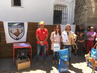 José Francisco Murillo y 'Bruja' se imponen en el Campeonato de Extremadura de Podencos en Recinto Cerrado 2019