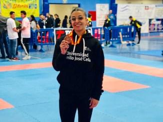 Marta García se cuelga la medalla de bronce en el nacional