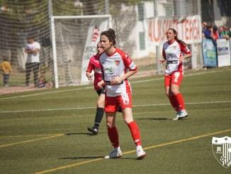 Las goleadoras Carla Gómez y Belén Martínez firman su renovación con el Santa Teresa