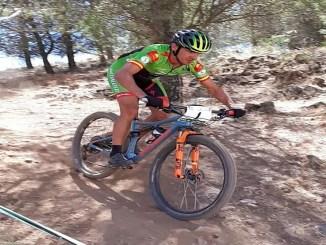 Díaz de la Peña Campeón de Extremadura XCO, con fractura de nariz incluida