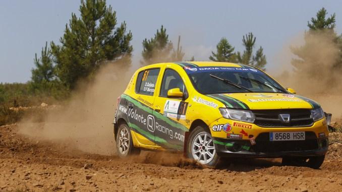 """Quijada y """"Cuni"""" se llevan el triunfo en el Rallye de Astorga en la Dacia Sandero"""