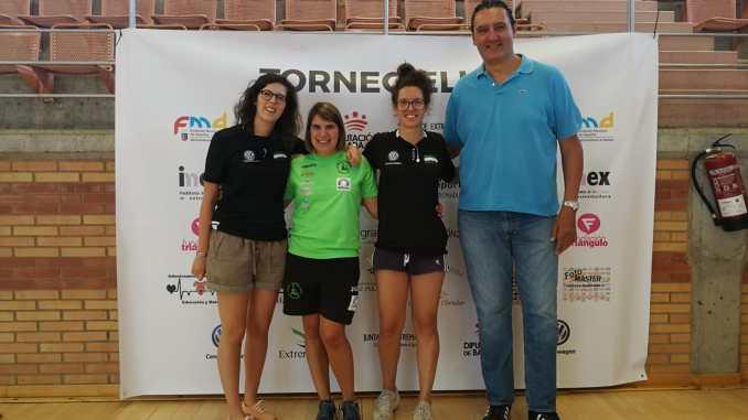Elena Ayuso se acerca a apoyar la segunda edición del torneo Ellas