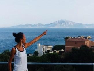 Fátima Díaz primera mujer extremeña en cruzar a nado el Estrecho de Gibraltar
