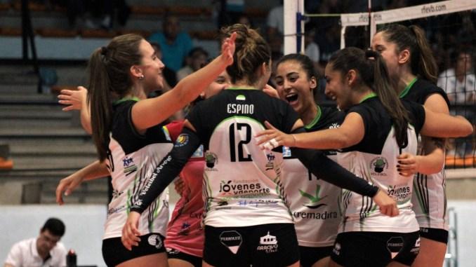 El Extremadura Arroyo apabulla al Os Belenenses y se adjudica el XII Trofeo Ibérico Mujeres