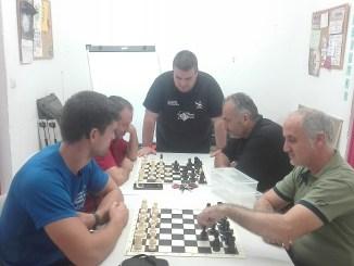 Ajedrez Sin Barreras en 4 centros de Badajoz, Mérida y Cáceres
