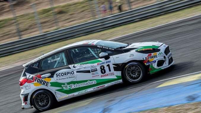 Grande se corona en el circuito del Jarama como Campeón de España Junior