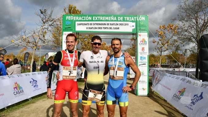 José Manuel Montero y María Remedios Mendoza se proclaman campeones de Extremadura de Duatlón Cros