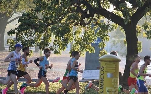 Jorge González consigue MMP y nuevo récord del club en media maratón