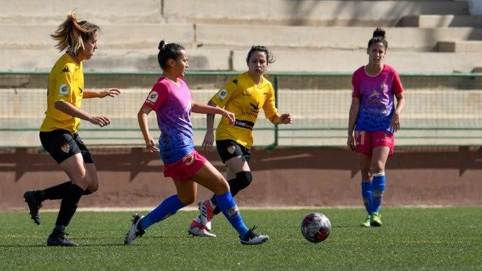 Victoria y liderato del Liberbank Santa Teresa Badajoz en Gran Canaria | 0-2