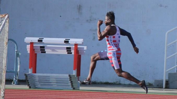 TIJAN KEITA bate el récord de Gambia en 200 metros en Pista Cubierta