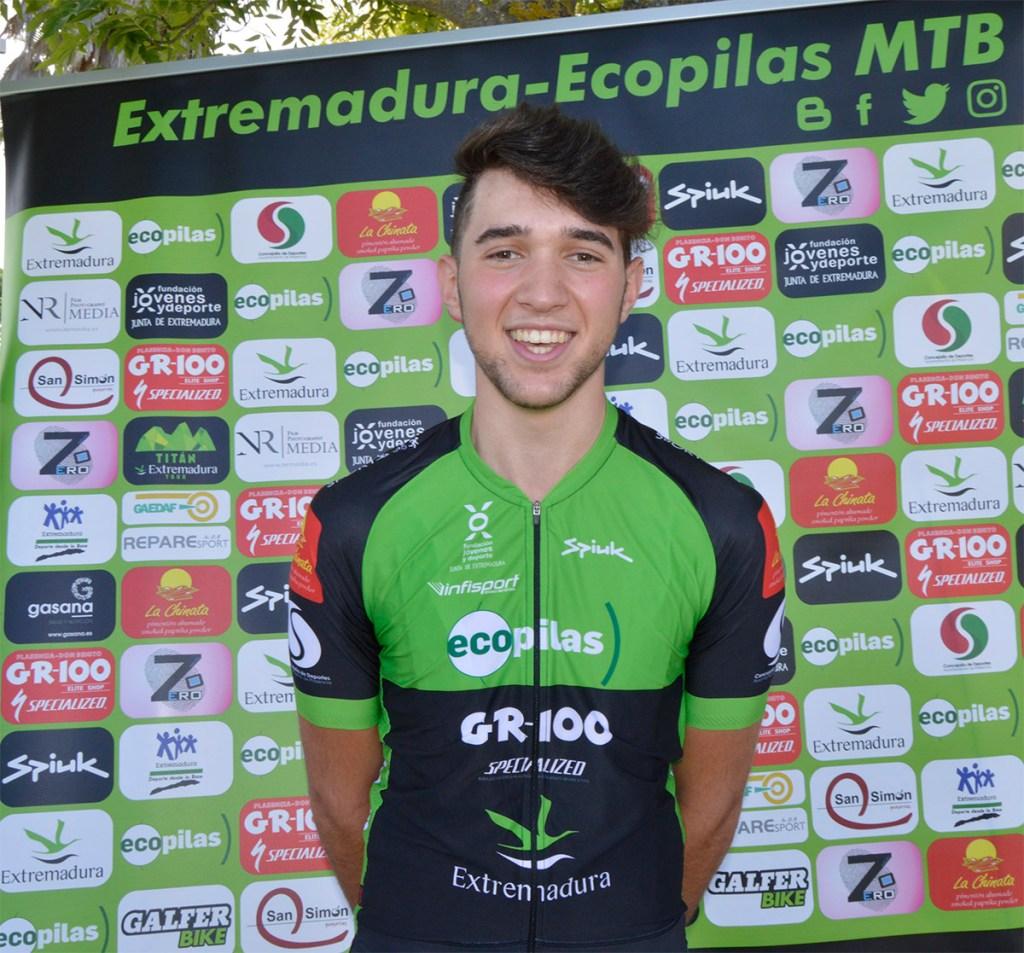 Miguel Periáñez, la perla del Extremadura-Ecopilas MTB, renueva para 2021