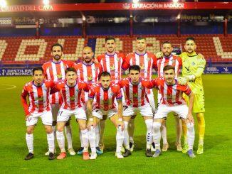 Alineación CD Don Benito vs Extremadura UD