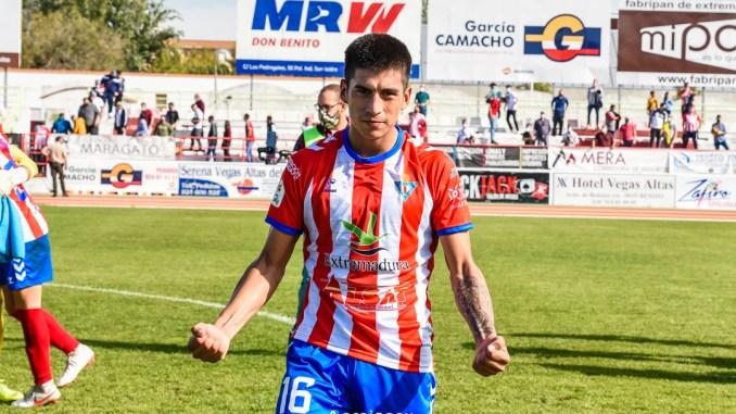 Agustín Sosa causa baja en el Don Benito