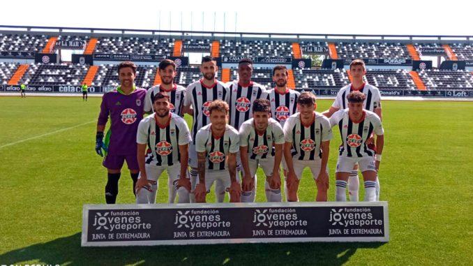 11 inicial del filial del CD Badajoz en su partido