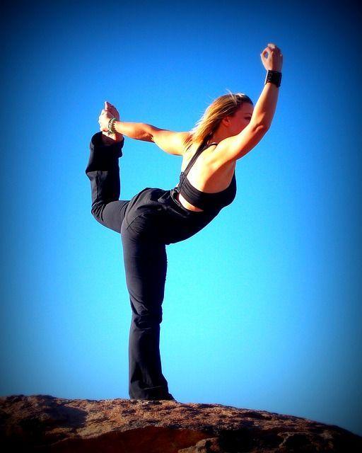 yoga-241609_640