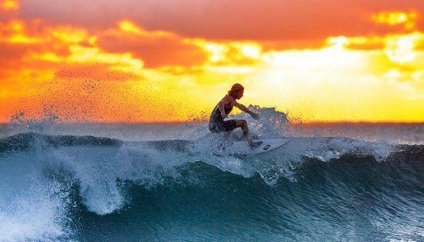 Ventajas de Practicar Surf en Verano