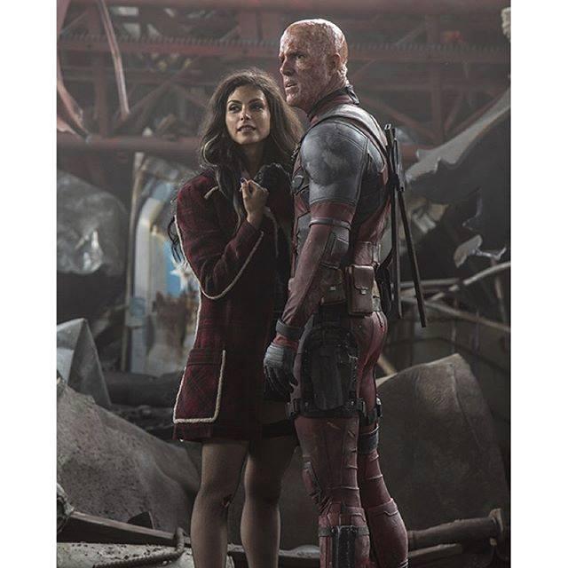 Liberado mais uma imagem do Deadpool sem a máscara!