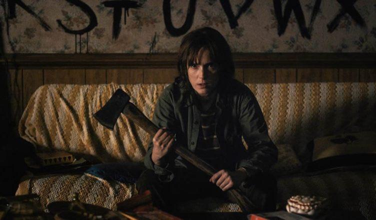 Joyce confronta Will em nova imagem da segunda temporada de Stranger Things!