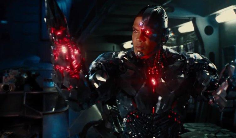Cyborg aparece em novo teaser da Liga da Justiça!