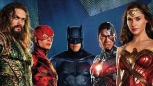 Novo clipe de Liga da Justiça revela o tema clássico do Batman!
