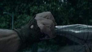 FOX divulga vídeo e imagens oficiais da luta entre Colossus e Fanático no filme Deadpool 2!