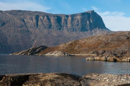 Fig 5. Basement metamorphic rocks thrust over Krummedal Rocks in Hare Fjord.
