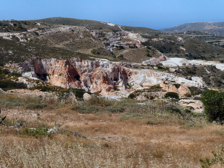 Milos: A must-visit island destination for the geo-traveller