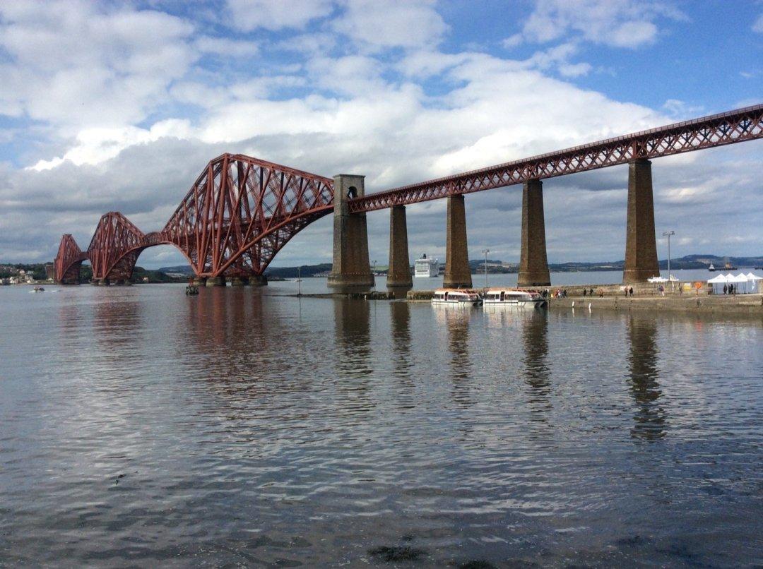 Puente de Forth.
