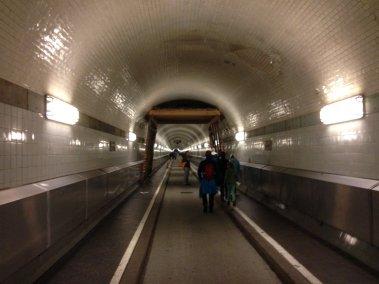 Túnel bajo el Elba