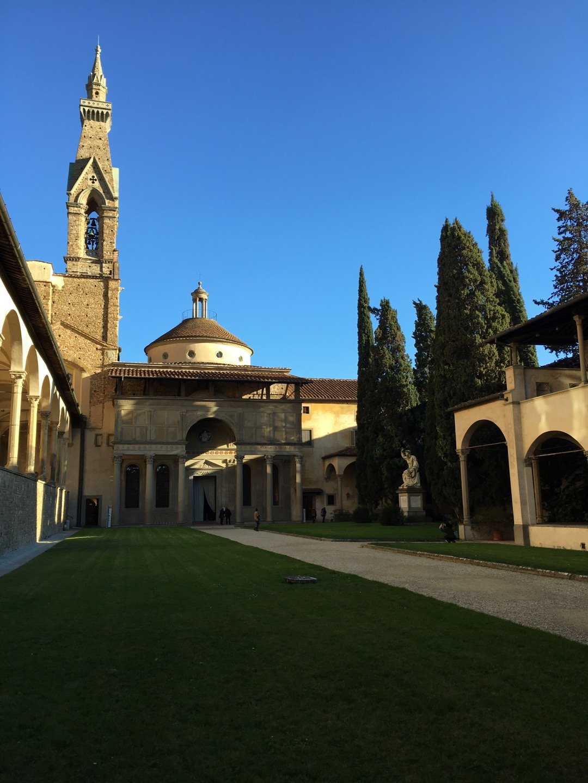 Claustro y capilla Pazzi.