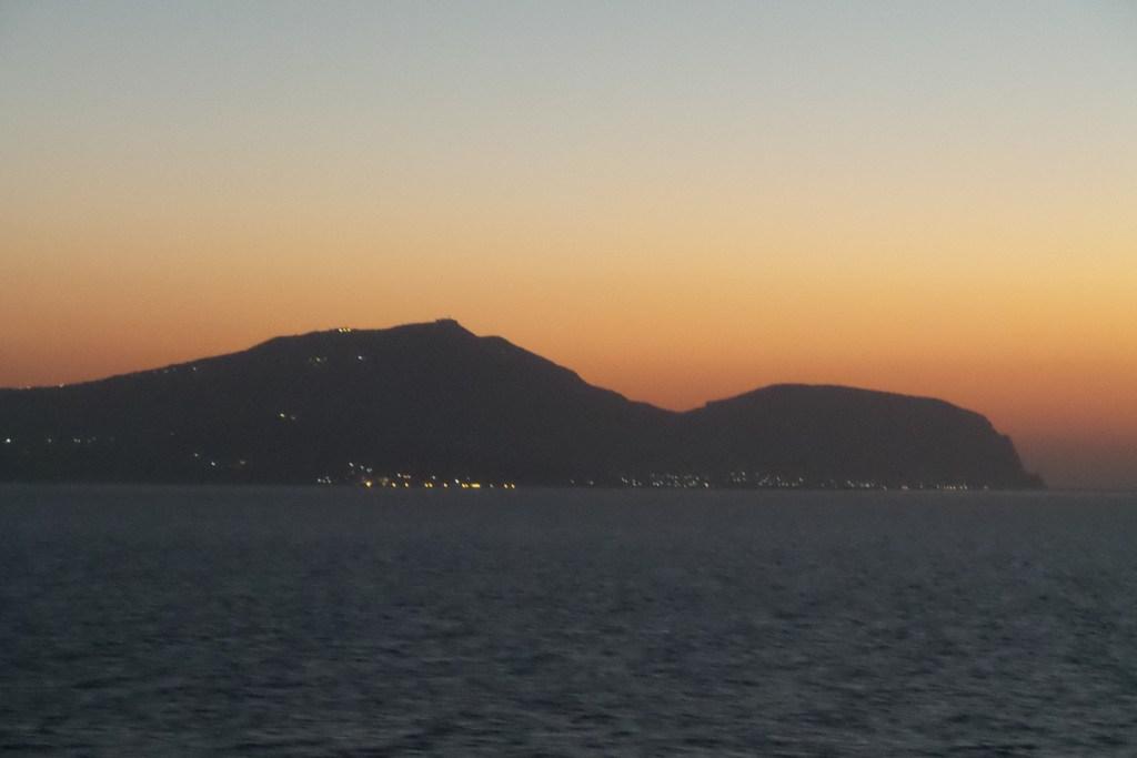 Akrotiri al amanecer