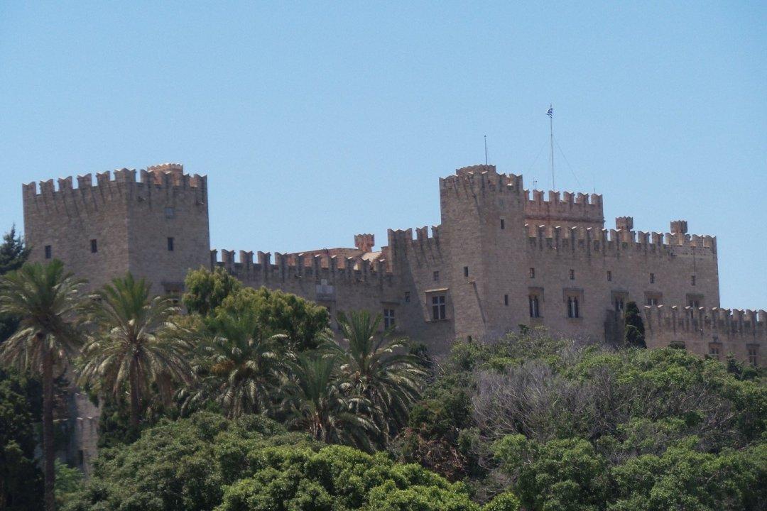 Fachada norte del palacio, desde el puerto