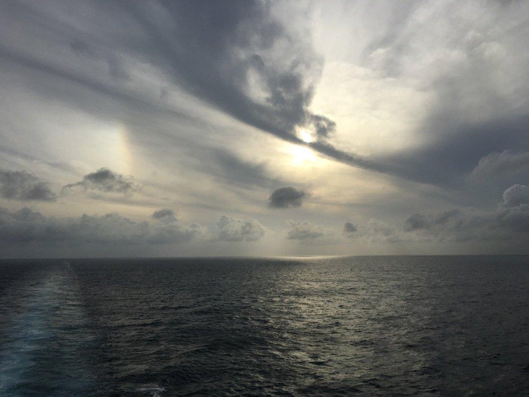 Parhelio en el mar de la China Meridional