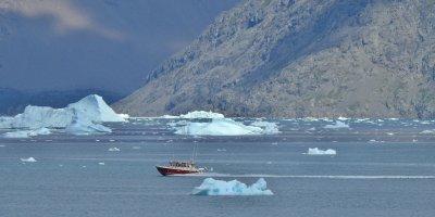 Navegando frente al Qooroq