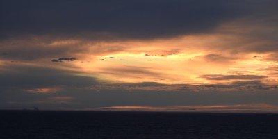 Atardecer frente a Qaqortoq 2