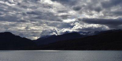 Nubes sobre la península de Narsaq