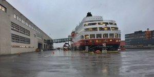 El MS Finnmarken atracado en Bergen