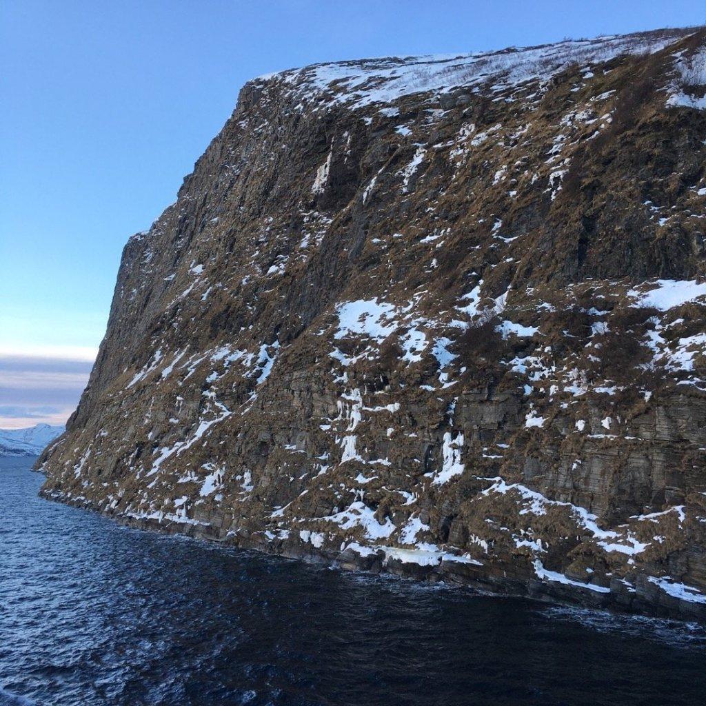 Navegando junto a Håja