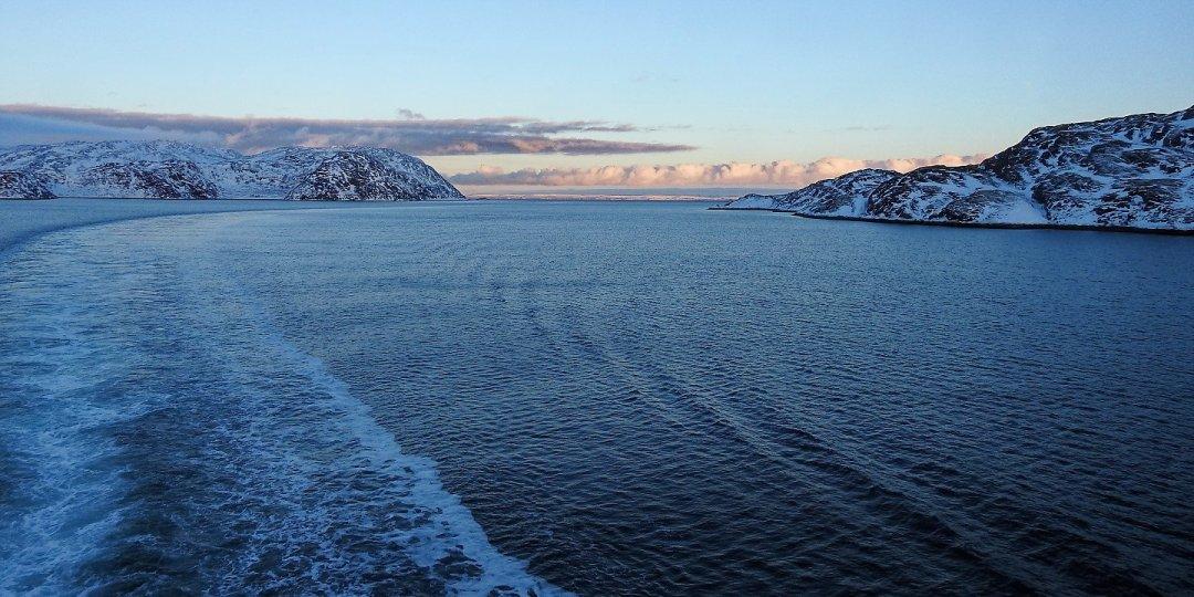 Entrando al Bøkfjorden
