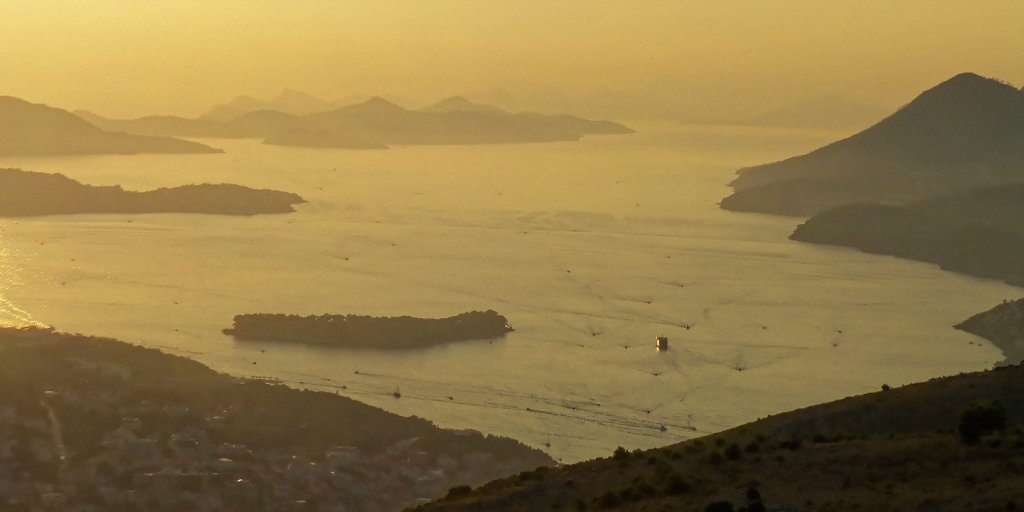 Islas Elaphiti al atardecer
